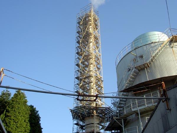 煙突、耐震補強工事